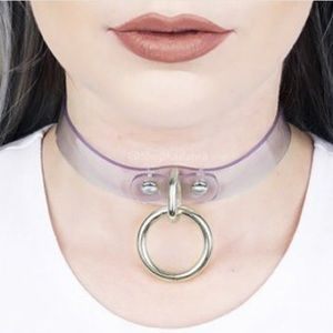 ✨NWOT✨Clear Choker with Hanging O-Ring